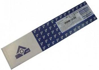 Сварочные электроды «УОНИ-13/55» в упаковке.