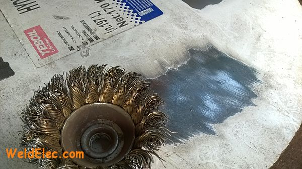 кордщетка-и-снятая-краска